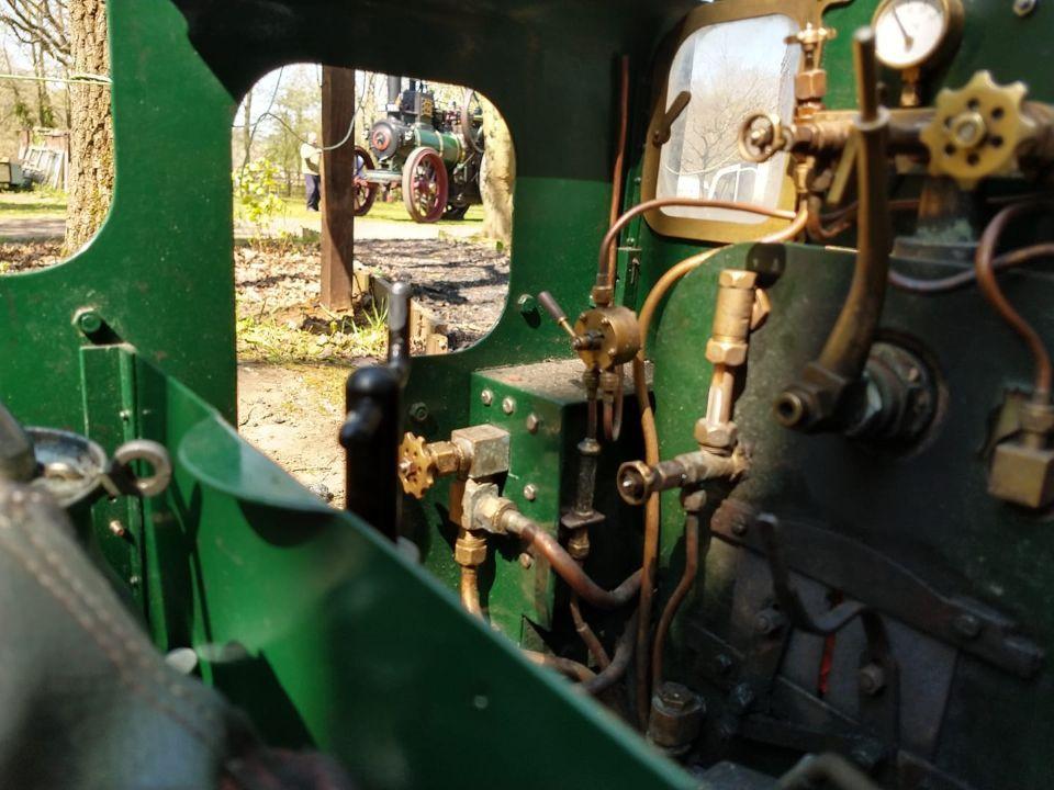 top field light railway traction engine 14xx